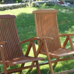 pair_teak_patio_chairs_with _teak_oil